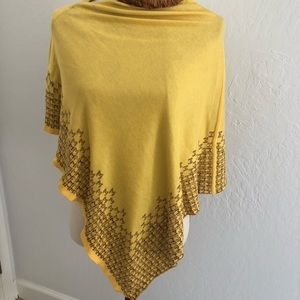 Missoni poncho/shrug